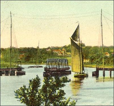 boatswingbridge.jpg