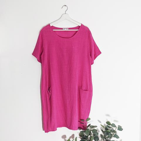 Classic linen dress with front pockets in Fuscia