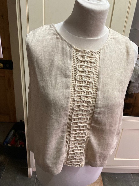 Moutaki Cream Top with Croched Front Feature