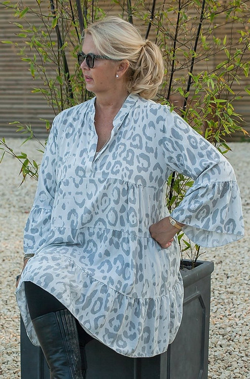 Suzy'c Lightweight 3/4 Tunic  in Porcelain