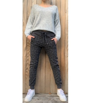 N and Willow Abstract Joggers in Navy