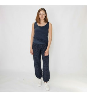 N and Willow Plain Slouchies in Black