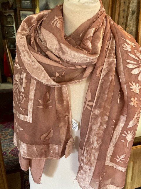 A beautiful Long soft Scarf in Blush pink