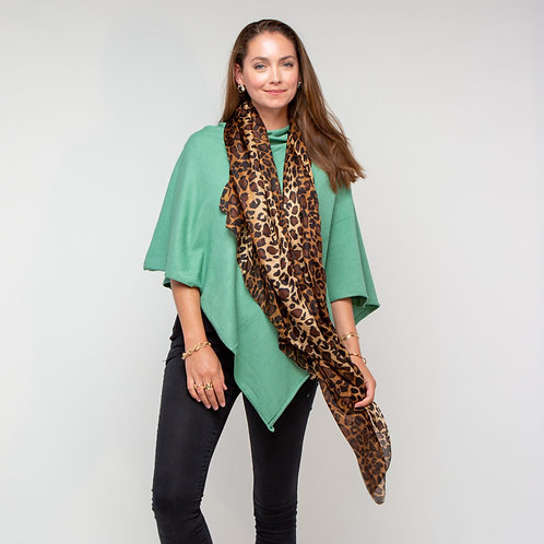 Tilley Poncho in Sage Green