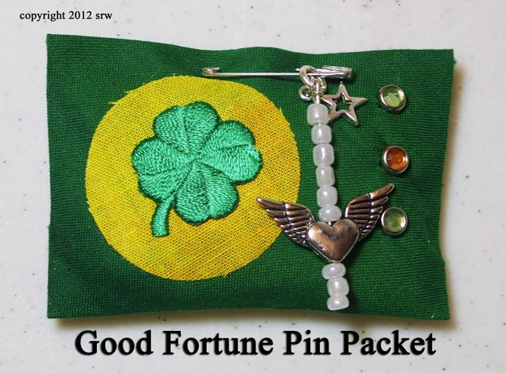 Silver RavenWolf Good Fortune Pin Packet