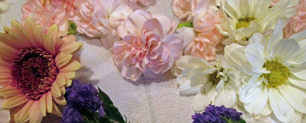 Thicker, heavier flowers or flowers with tight packed petals may take longer to dry.