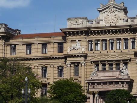 Tribunal mantém condenação por injúria racial e indefere substituição de serviços comunitários
