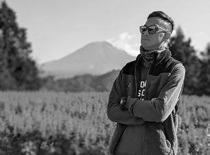 Koji Huang, Kat Asia