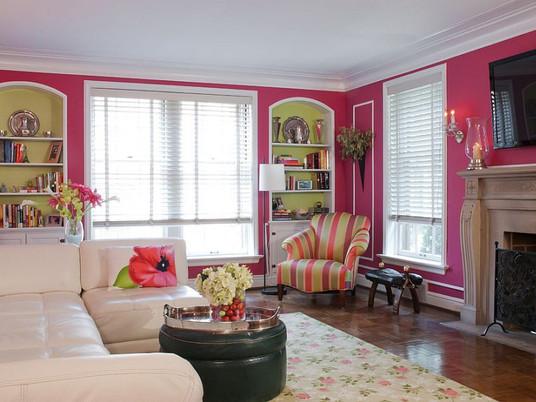 20 шикарных ярких розовых гостиных