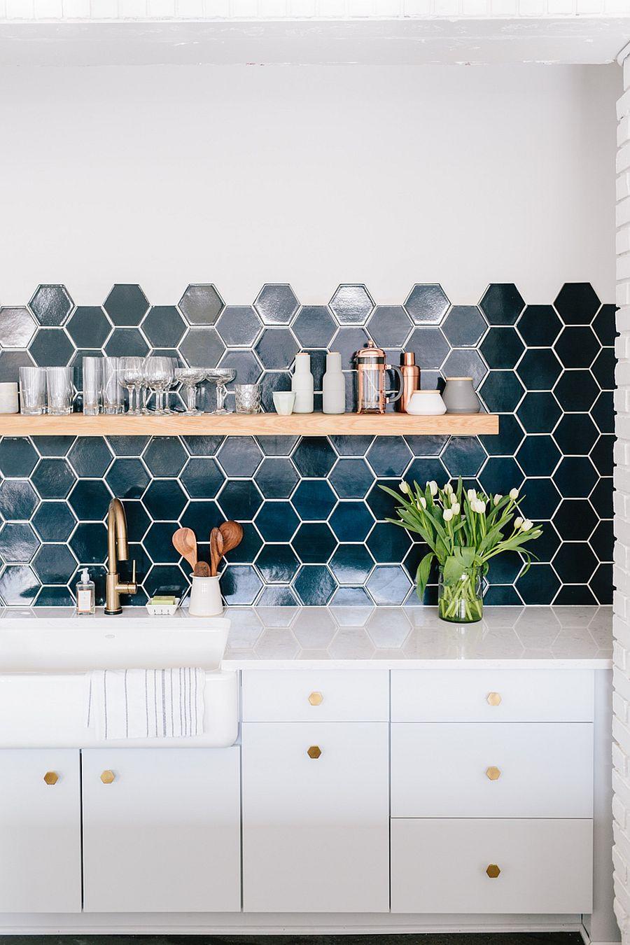 дизайн-интерьера-кухня-шестиугольная-плитка