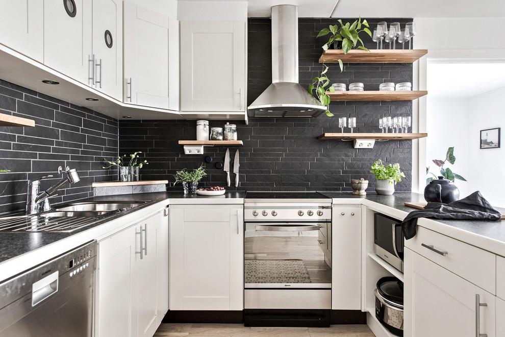 черные-кухонные-фартуки