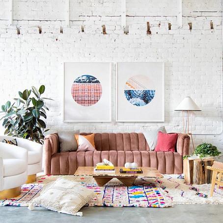 Эклектичные гостиные с кирпичными стенами: шикарное сочетание цвета и узора