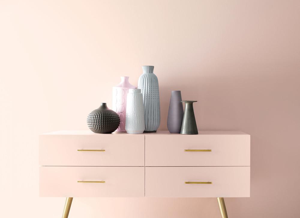 дизайн-интерьера-спальня-зеленый-синий-розовый