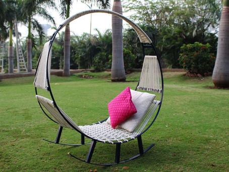 Удивительное кресло-качалка для заднего двора