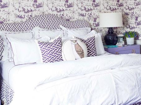 Фиолетовые спальни для ярких индивидуальностей