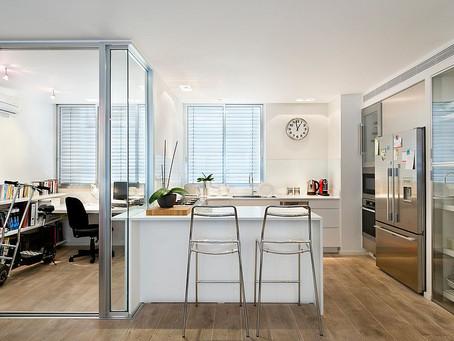 Экономия пространства!  Совместим кухню и домашний кабинет
