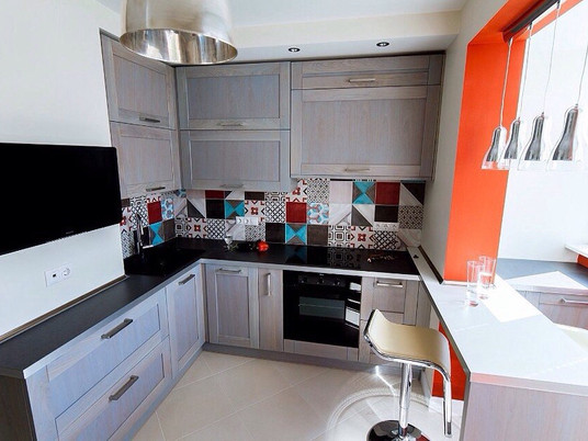 Кухня, совмещенная с балконом. Фото идеи