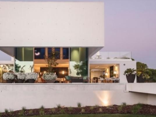 Оригинальное проектирование современного дома от Visioarq