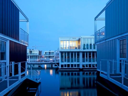 Расширяем горизонт: дом на воде