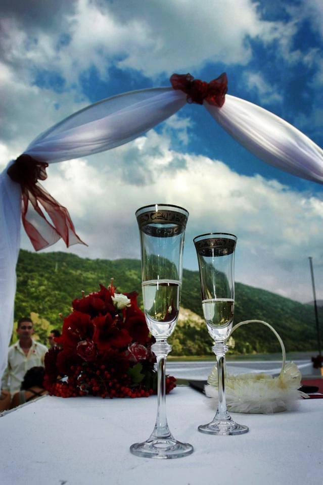 """Сватбена украса от сватбена агенция """"Мелодика"""""""