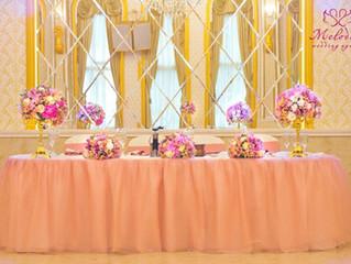 Декорация на младоженска маса: 5 идеи, които ще направят сватбата Ви различна