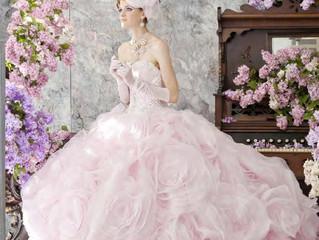 За артистичните дизайнерски сватбени рокли