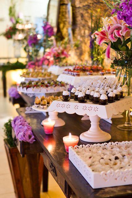 Сватбен сладък бар