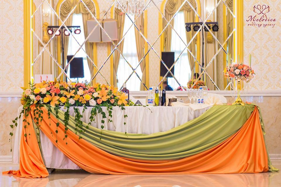 Младоженска маса сватбена агенция Мелодика