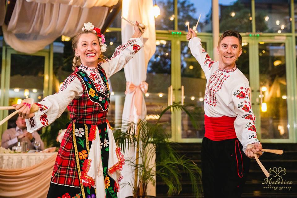 Ансамбър народни танци за сватба