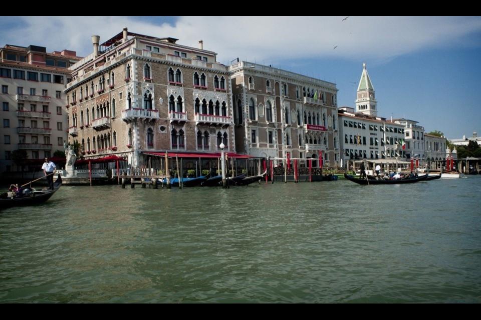 Сватба във Венеция