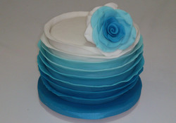 Ruffld Cake azul