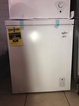 Koolatron 5.5 Cu.Ft Chest Freezer