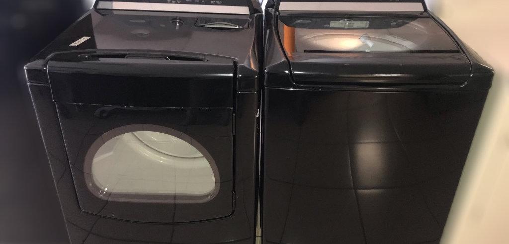 Whirlpool Cabrio Top Load Set