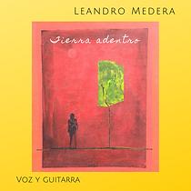 Leandro Medera voz y guitarra (1).png