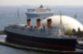 QM2-QM Long Beach.jpg