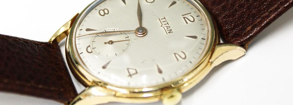 CW130 Titan Vintage Gents Wristwatch