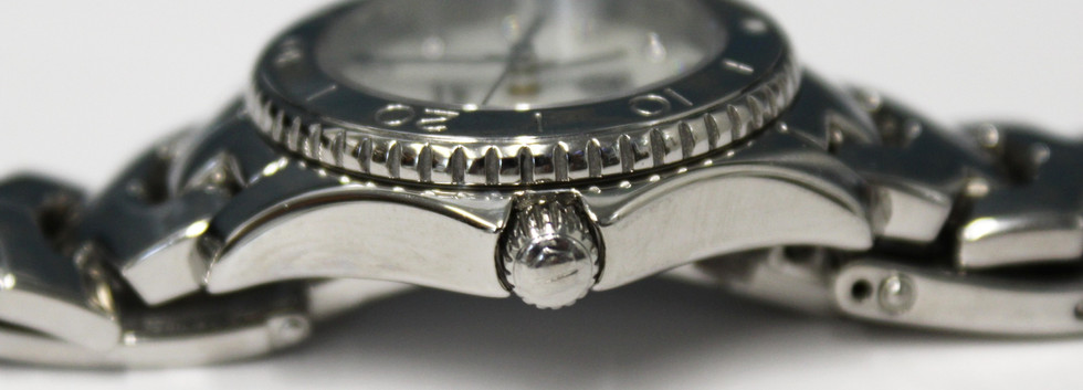 SW141 Tag Heuer Mother of Pearl Stainless Steel Ladies Wristwatch