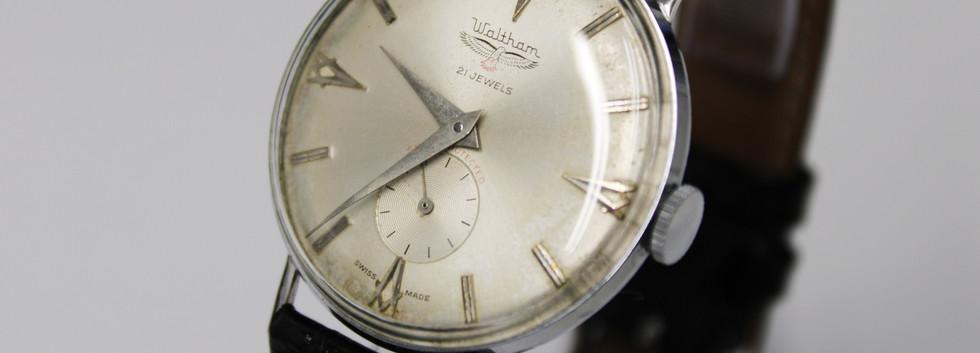 CW156 Waltham Gents Wristwatch