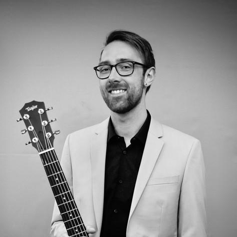 Dan The Miacats Guitarist