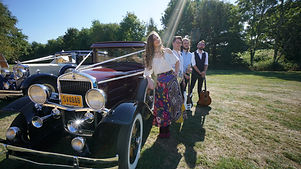 Classic And Vintage Wedding Car Hire