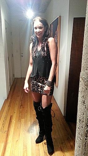 Kristen Renton - Girl at the Door