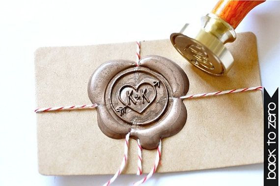 Beautiful touches to wedding stationary