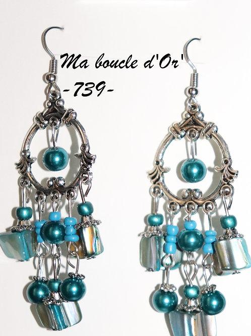 Boucles n°739