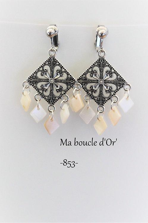 Boucles n°853