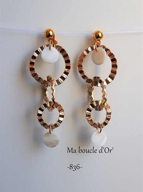 Boucles n°836