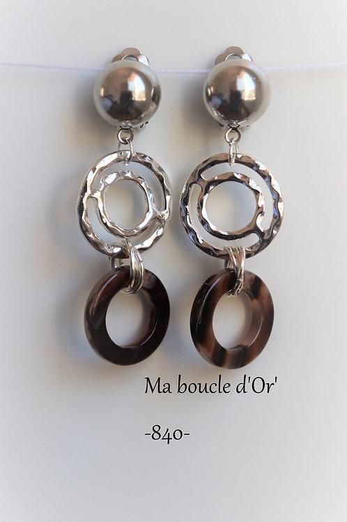 Boucles n°840
