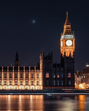 houses-of-parliament-at-night_edited.jpg