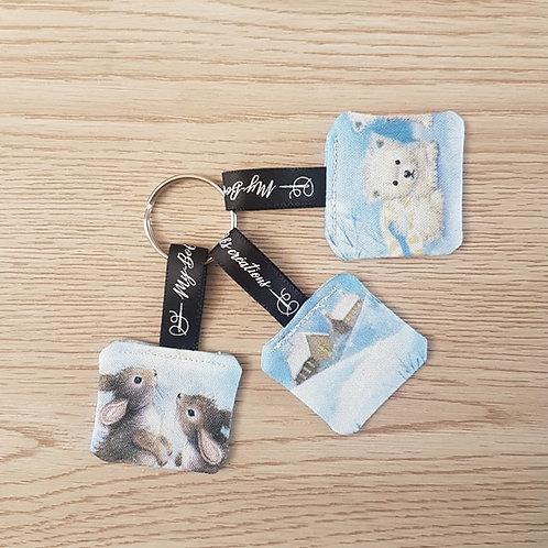"""Porte-clés """"Bébés animaux dans la neige"""""""