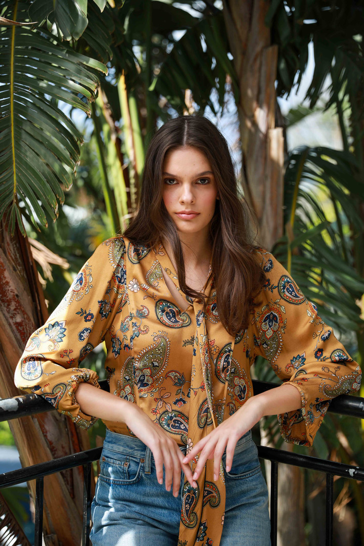 Tropical fashion editorial