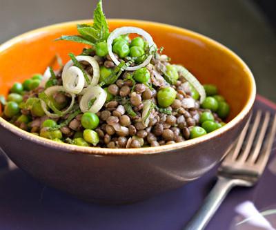 Jambonneau en salade de lentilles tièdes